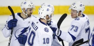 Tampa Bay Lightning Win In Shootout Over Flames