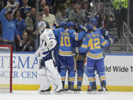 Tampa Bay Lightning Fall In St. Louis