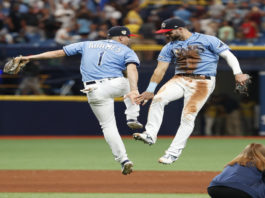 Kiermaier Adames Celebrate Win Over Yankees