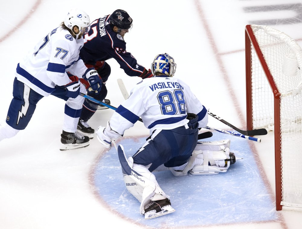 Lightning eliminate Blue Jackets on Point's OT goal